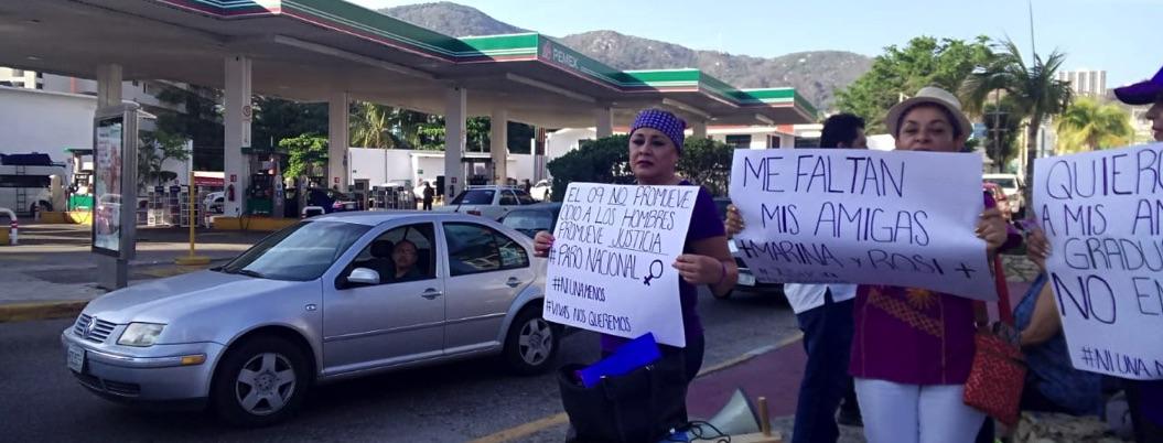 Marchan en Acapulco asociaciones feministas contra el machismo