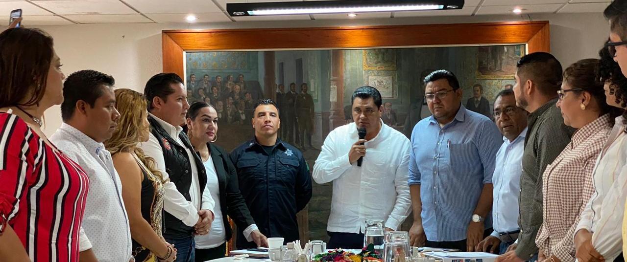 Tras renuncia, Ofelio Romualdo toma protesta en SSP de Chilpancingo