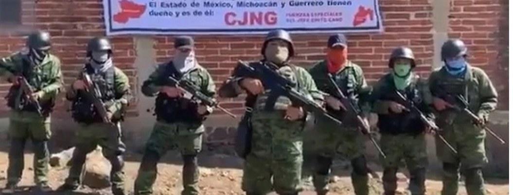"""""""Vamos a seguir la limpia"""": CJNG amenaza a """"La Famillia Michoacana"""""""