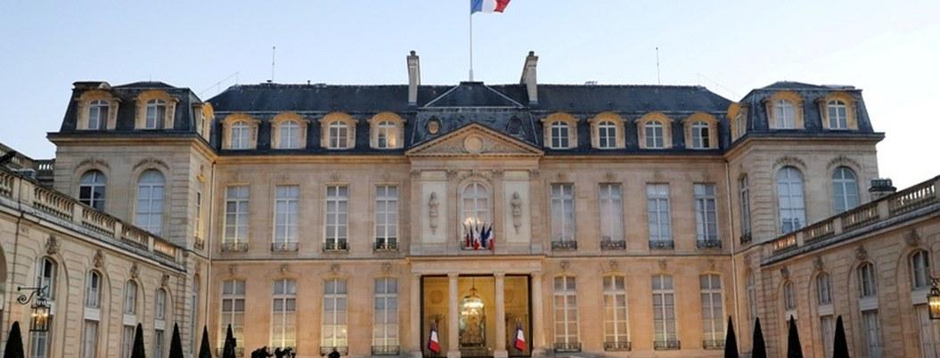 Francia podría ampliar a mes y medio la cuarentena por coronavirus