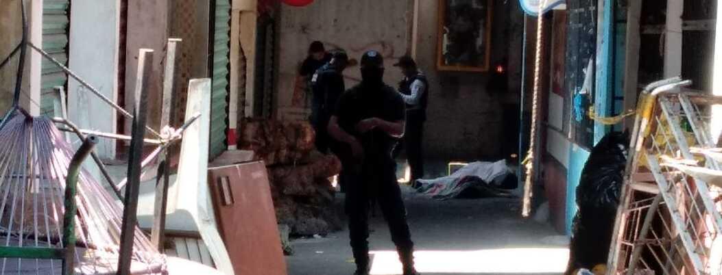 Asesinan a pareja de comerciantes en Acapulco