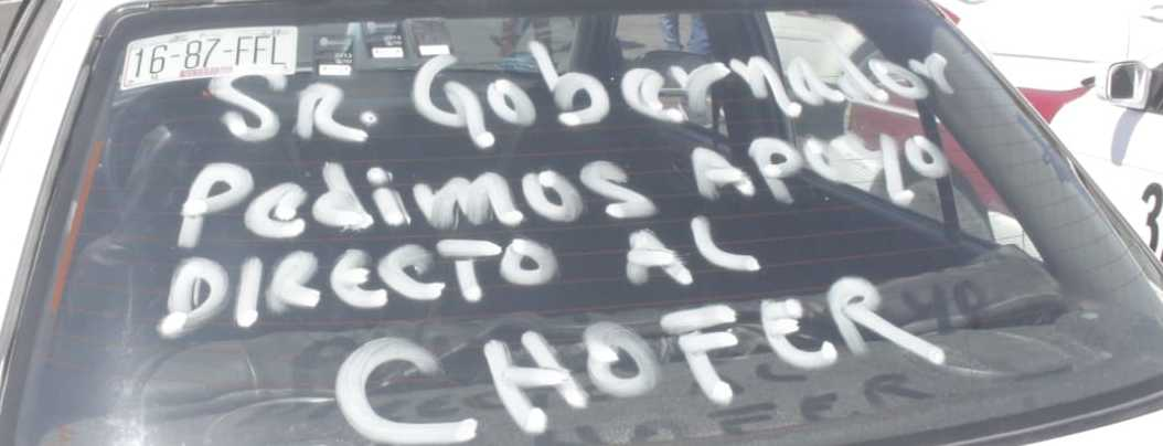 Taxistas protestan en Chilpancingo; piden apoyo por pandemia