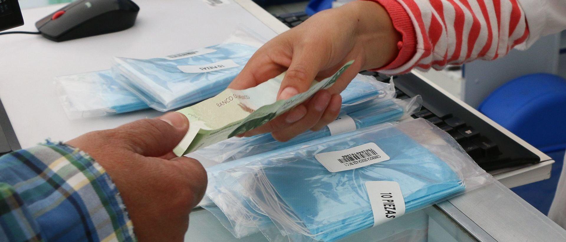 Profeco acumula nueve denuncias por alza de precios en cubrebocas