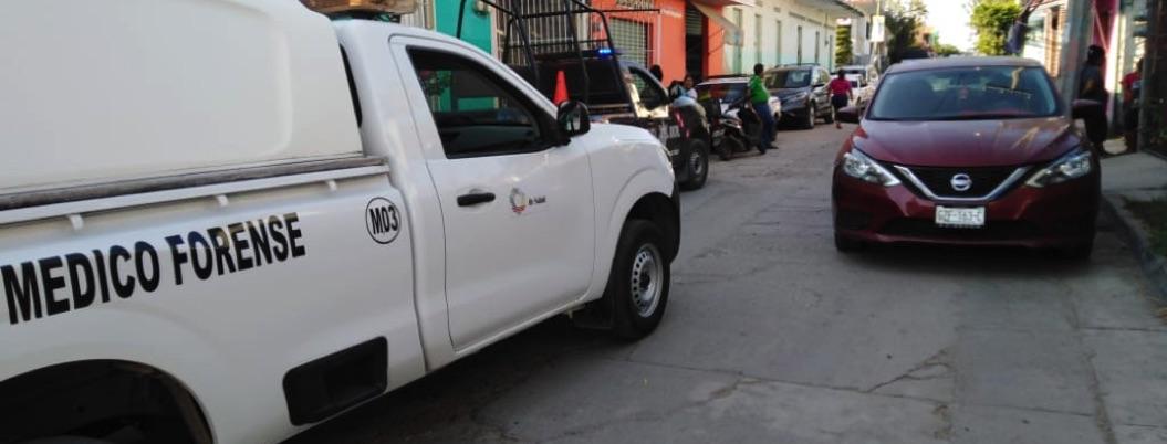 Hallan colgado a policía de la UPOEG en Marquelia