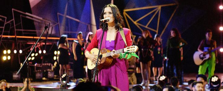 """""""Mujeres"""" el himno feminista de Julieta Venegas"""