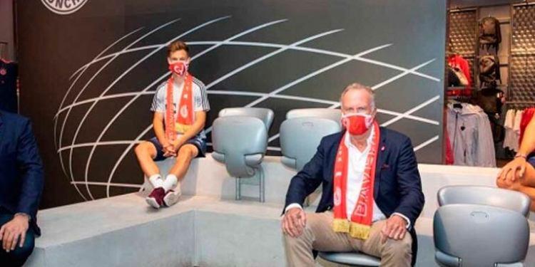 Bayern Múnich vende 100 mil cubrebocas en primer día de lanzamiento 1