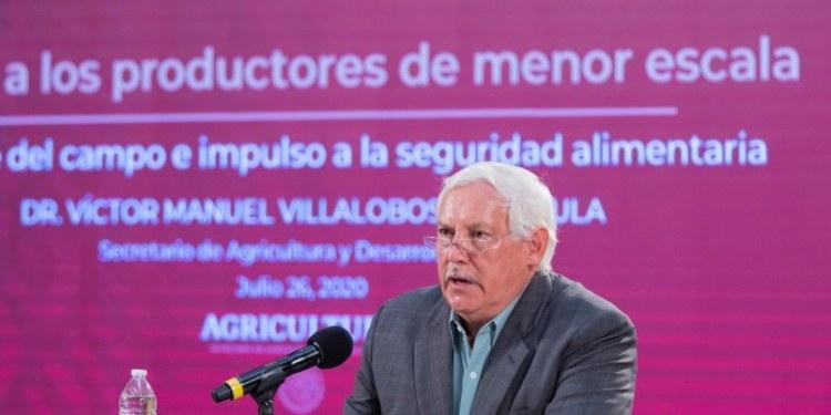 Sader reconoce respaldo de Pablo Sandoval a programa de fertilizante 1