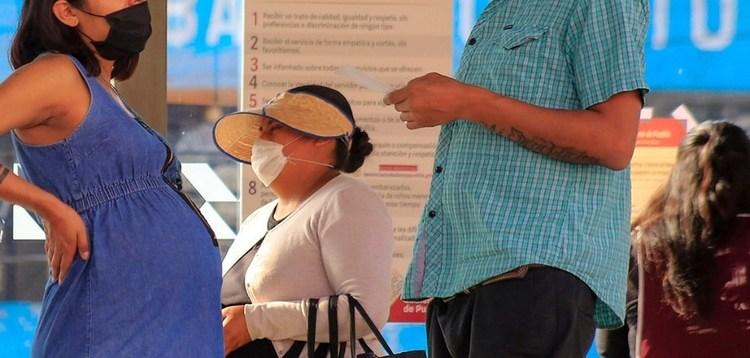 Hay 125 embarazadas contagiadas de Covid-19 en Nuevo León 1