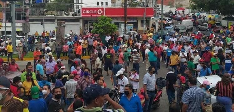 Rechazan acuerdos con el Ayuntamiento; SUSPEG mantiene bloqueos en Acapulco 1