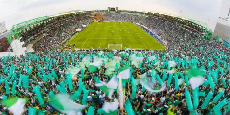 León empata 1-1 con Toronto FC en el Estadio Nou Camp 1