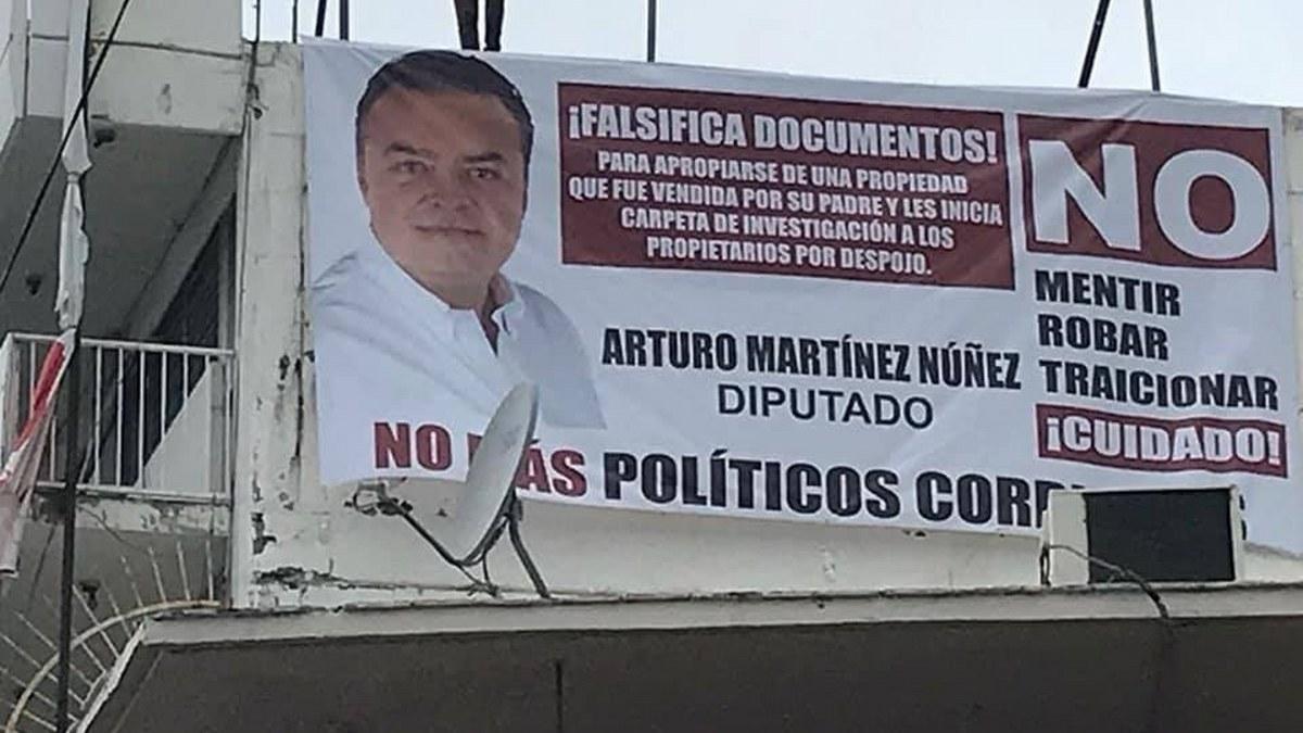¿Por qué Félix Salgado ni Adela Román pueden ser candidatos de Morena?