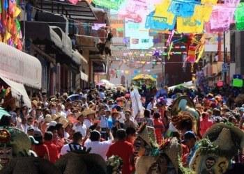 Chilpancingo avala suspensión del Paseo del Pendón y feria, dice gobernador 1
