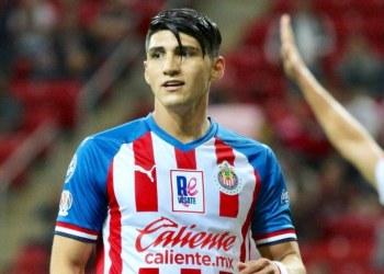 Alan Pulido presenta controversia contra Chivas por presunto adeudo 11
