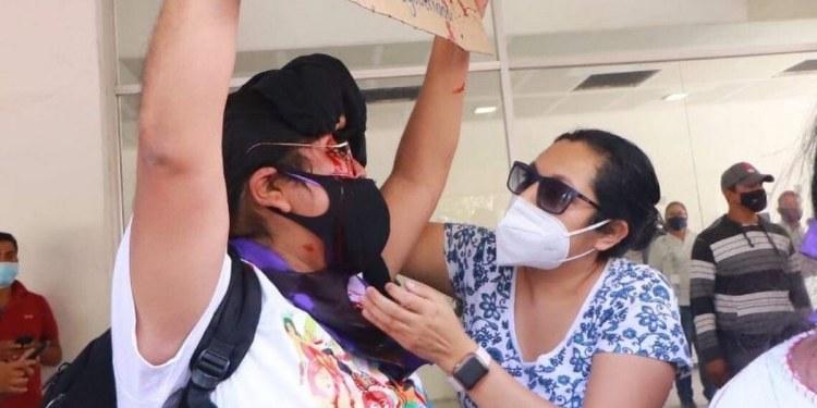 Presenta denuncia ante la FGR mujer golpeada en protesta contra Félix Salgado 1