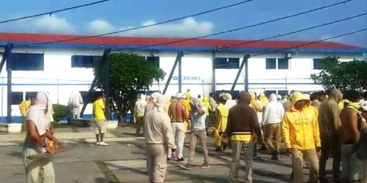 """Reportan riña en Cereso """"Morelos"""" de Atlacholoaya; hay reos heridos 1"""