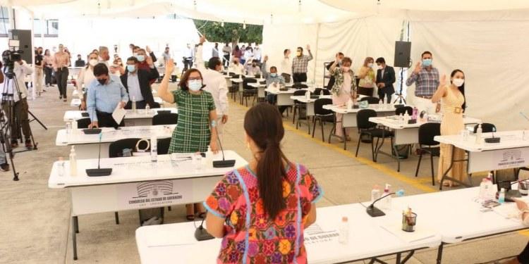 Guerrero: 13 diputados buscan candidatura a presidencias municipales 1