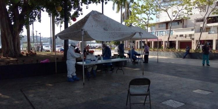 Vacuna se aplica en zonas marginadas y personal médico en Acapulco 1