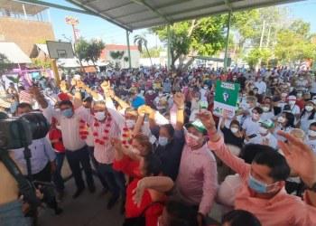 Mario Moreno, el gobernador del pueblo, le dicen en Acapulco al candidato de la alianza PRI-PRD 6