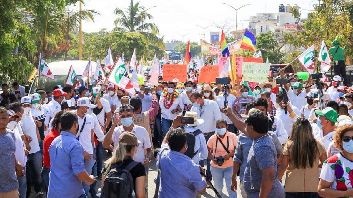 Alianza PRI-PRD se consolida en Montaña y Costa Chica; Mario Moreno toca corazones 2
