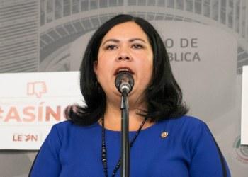 Senadora Alejandra León renuncia a Morena, 'no solapará porquerías', dice 7