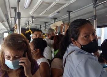 Acabús, insuficiente y deficiente, califican usuarios del transporte 7