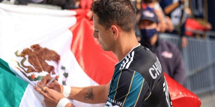 Chicharito queda fuera de la Selección para la Copa Oro 1