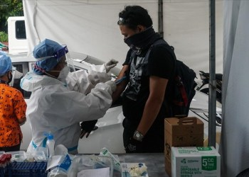 Filipinas suspende vacuna de AstraZeneca para menores de 60 años 5
