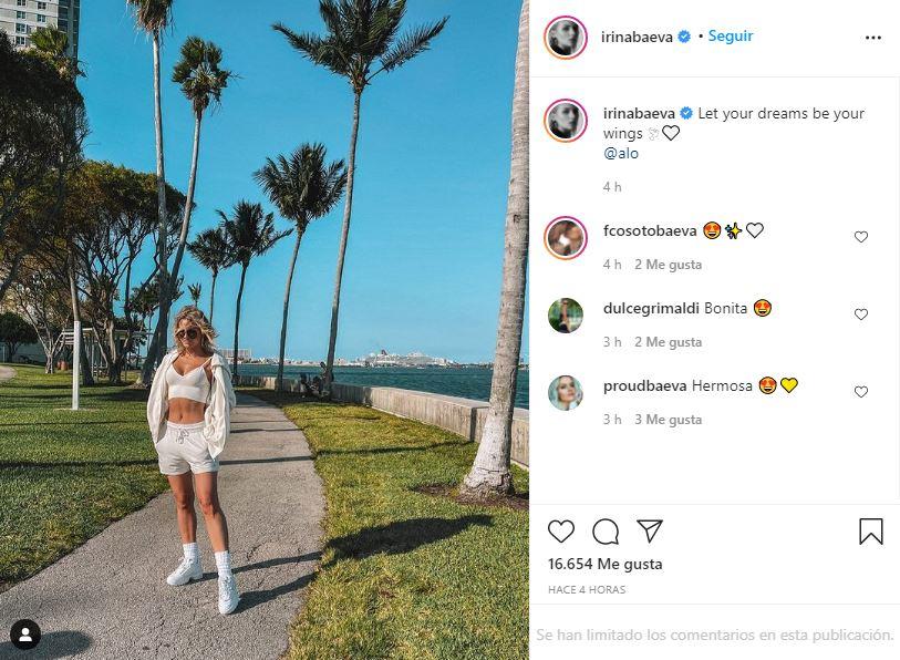 Irina Baeva consiente a sus fans con un look deportivo | FOTO 1
