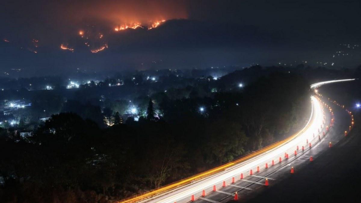 Incendio consume 50 hectáreas de bosque en Tepoztlán, Morelos 1