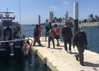 Semar rescata a 13 personas a la deriva en aguas de BC 9