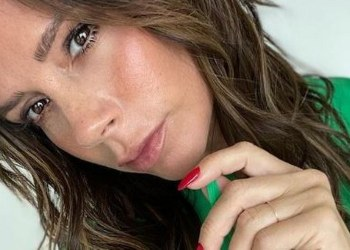 ¡Diosa! Victoria Beckham ccelebra sus 47 años luciendo de 20 9