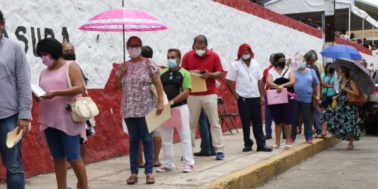 Vacunación Covid en Acapulco; toca a los apellidos que comienzan con H, I, J, K, L y M 1