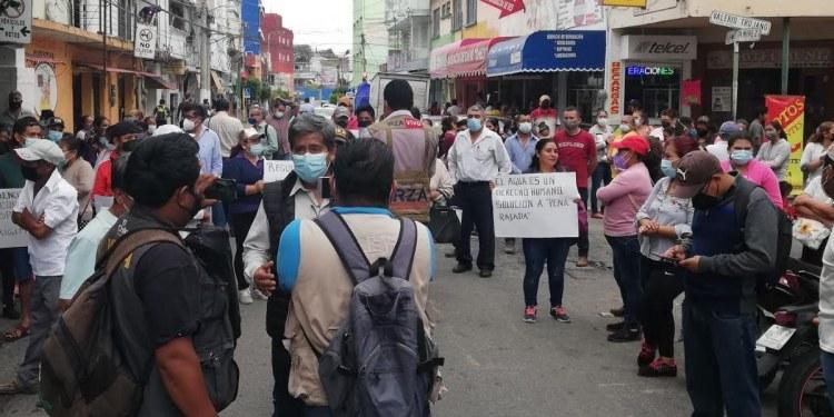 Continúan bloqueos en Chilpancingo contra Toño Gaspar por falta de agua 1