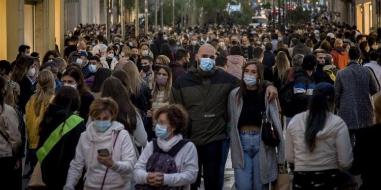 España se une a Francia en eliminar uso obligatorio del cubrebocas 1