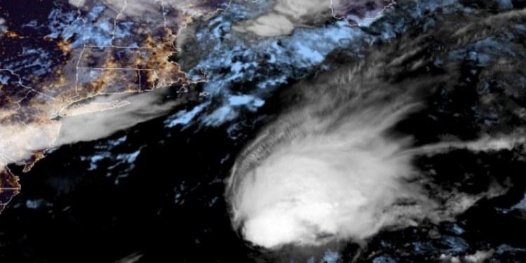 """Se forma """"Bill"""" frente a la costa de EU, la segunda tormenta tropical del Atlántico 1"""