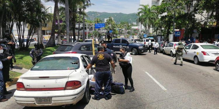 Ataque armado en plena Costera de Acapulco deja dos muertos y un herido 1