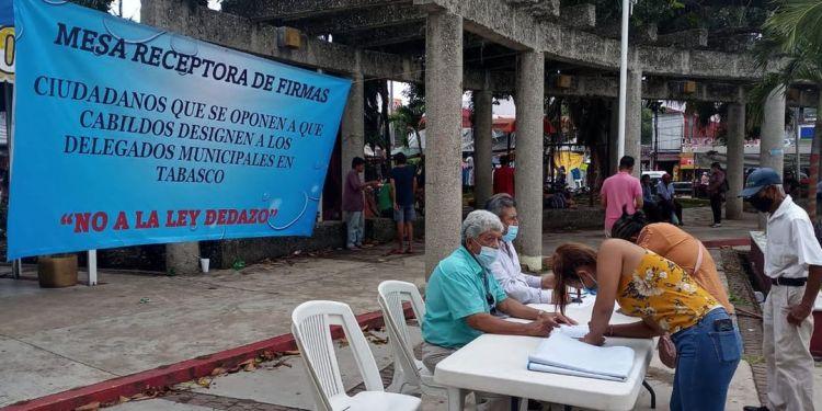 Obradoristas en Tabasco recaban firmas contra Ley Dedazo 1