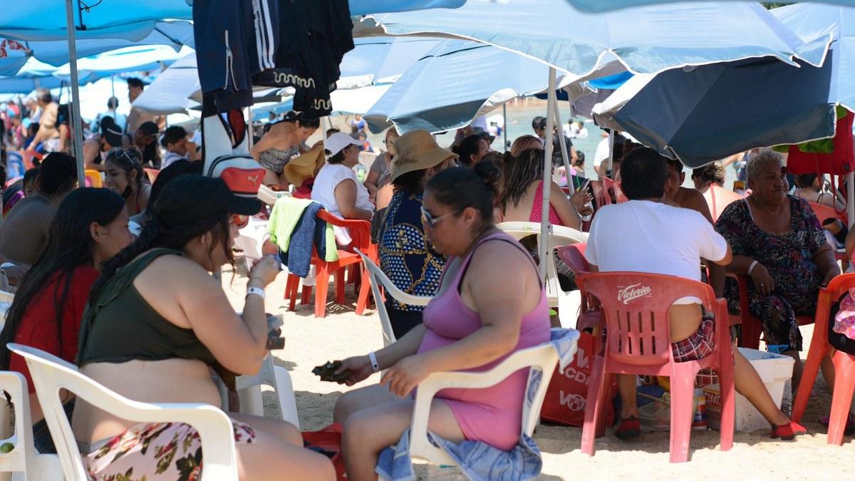 ¿Cuál Covid? Turistas atiborran playas de Acapulco; la mayoría sin cubrebocas   Fotos 2