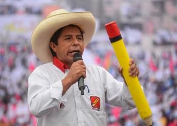 Pedro Castillo, profesor izquierdista, gana la presidencia de Perú a la derechista Keiko Fujimori 7