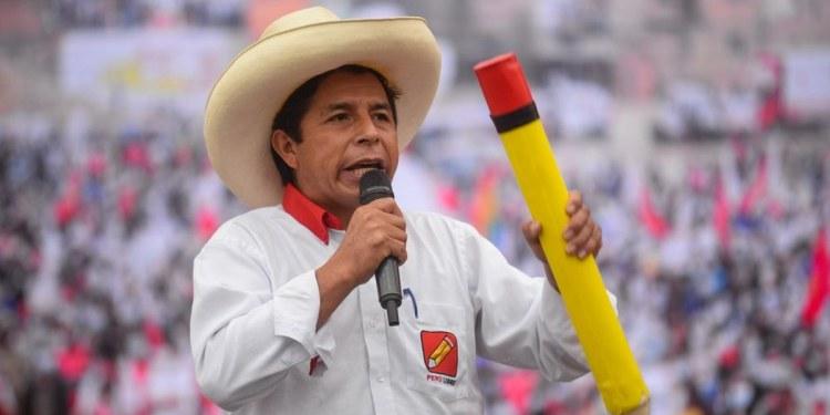 Pedro Castillo, profesor izquierdista, gana la presidencia de Perú a la derechista Keiko Fujimori 1