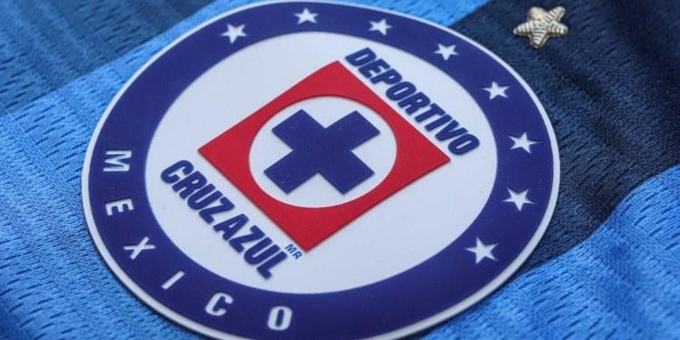 Cruz Azul revela el uniforme de local para el Apertura 2021 1