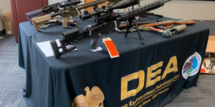 DEA detiene a 44 miembros de una red vinculada al Cártel de Sinaloa 1