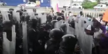 """Protestan en Chilpancingo por """"robo"""" de elección en Tlapa; FGE dice que ya investiga 3"""
