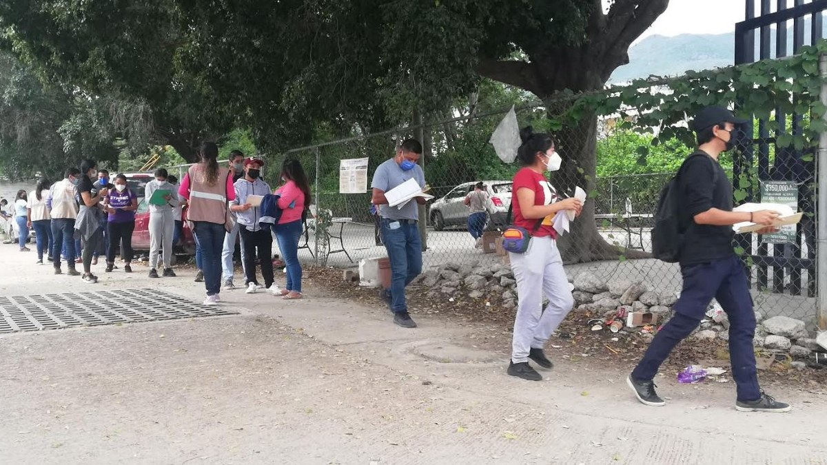Poca afluencia en 2do día de vacunación en Chilpancingo; hay temor entre jóvenes: Salud 1