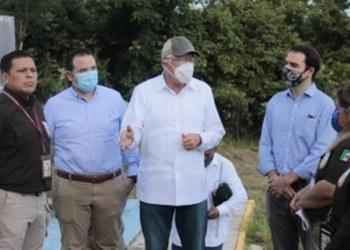 Embajador de EU en México visita punto migratorio en el sureste de Tabasco 6