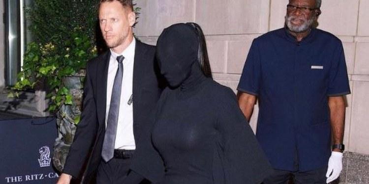 Kim Kardashian desata burlas por su atuendo en la Met Gala 1