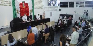 Congreso de Tabasco guarda minuto de silencio por fallecimiento de exgobernador 10