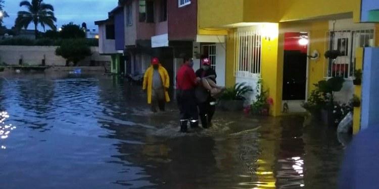 Morelos: se desborda río en Jojutla e inunda 12 viviendas 1