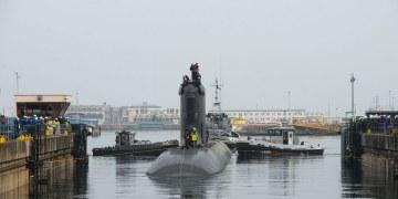 Australia comprará submarinos nucleares a EU; presupuesto militar aumenta 2,2% 4