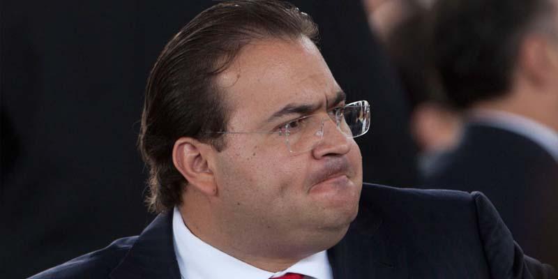 Suspende el PRI derechos políticos a Duarte y seis más